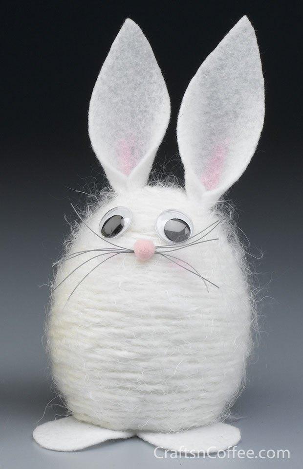 Yarn Easter Bunny
