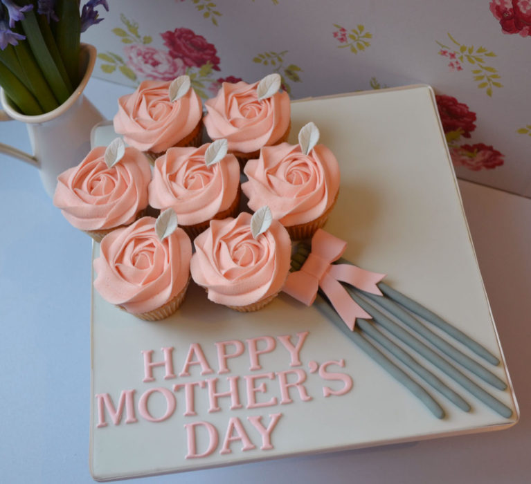 Cup Cakes for Mom