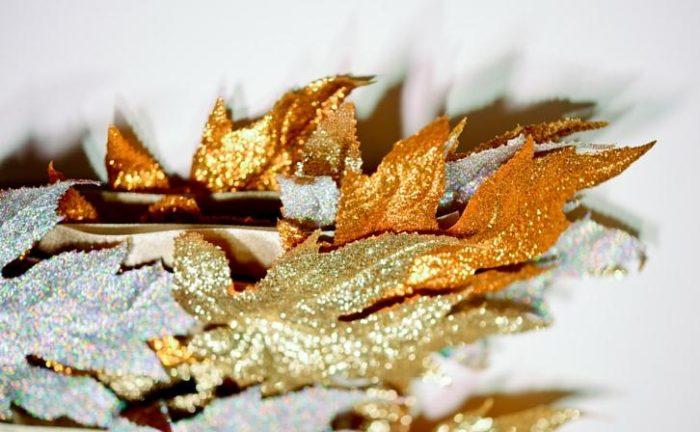 DIY Glitter Leaves