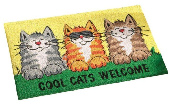 Smiling Cats Welcome Door Mat