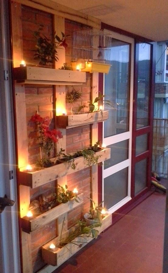 Flowerpots Pallets Wall
