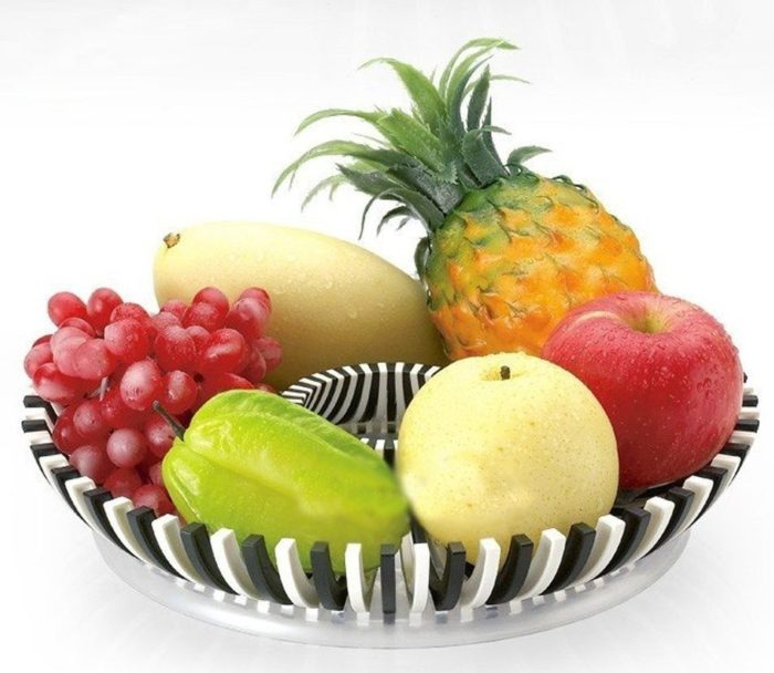 White & Black Fruit Tray