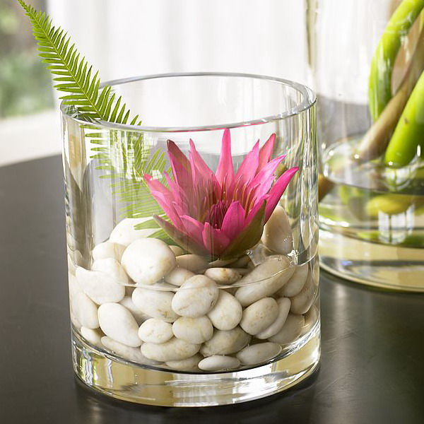 Flower Vase with Decorating Pebbles