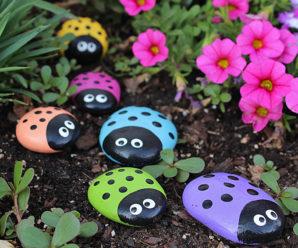 19 Amazing DIY Stone Art for Home & Garden Decor