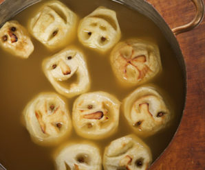 21 Scariest Halloween Treats you should try this Year