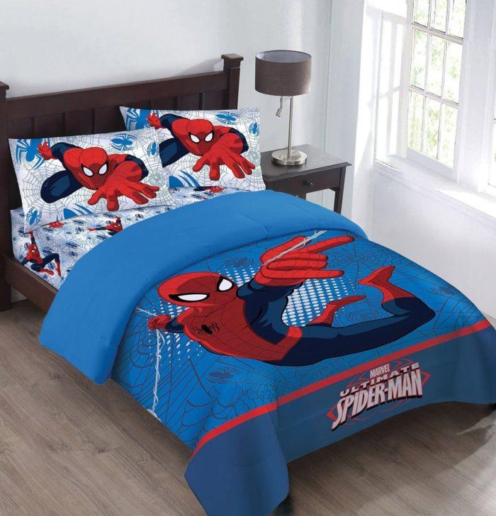 Spiderman Webbed Comforter Set