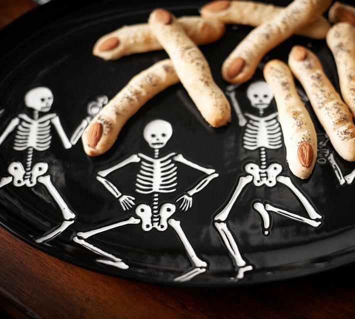 halloween-skeleton-platter