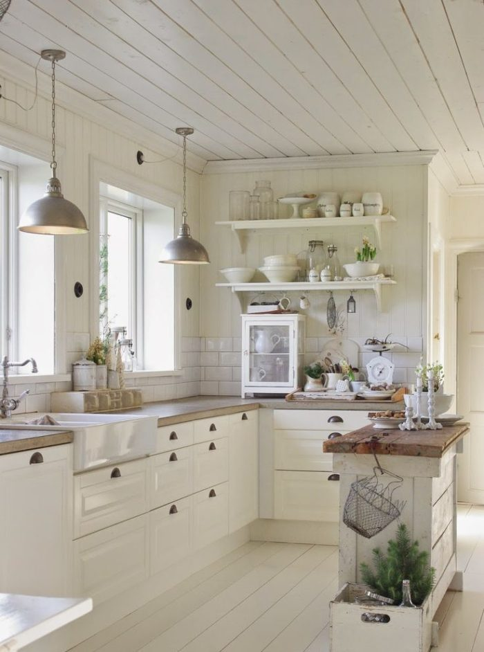 Beach Cottage Coastal Kitchen