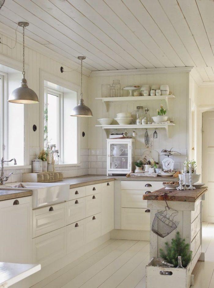 Beach Cottage Coastal Kitchen