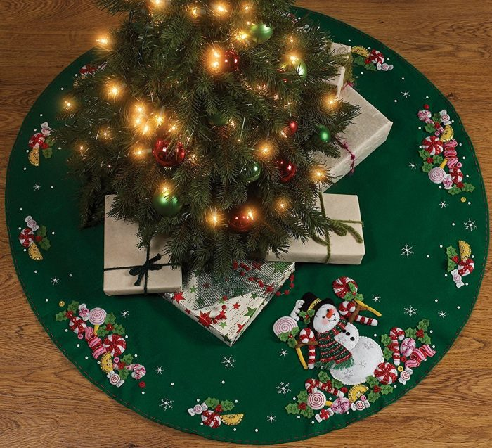 Candy Snowman Christmas Tree Skirt