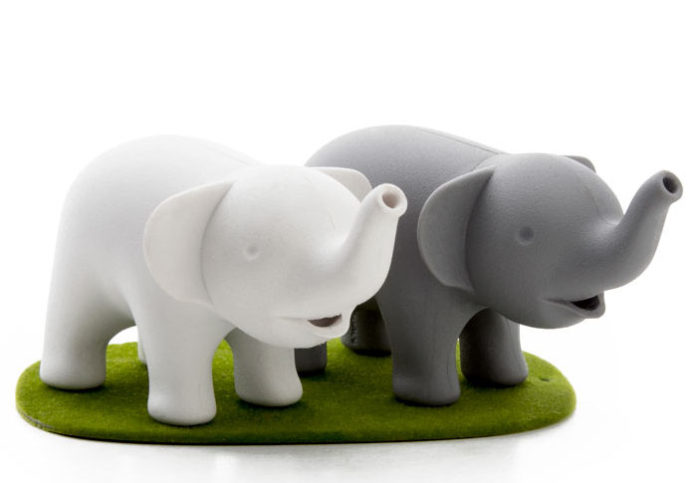 Cute Couple of Elephant Shakers