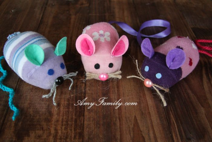 DIY Sock Mouses