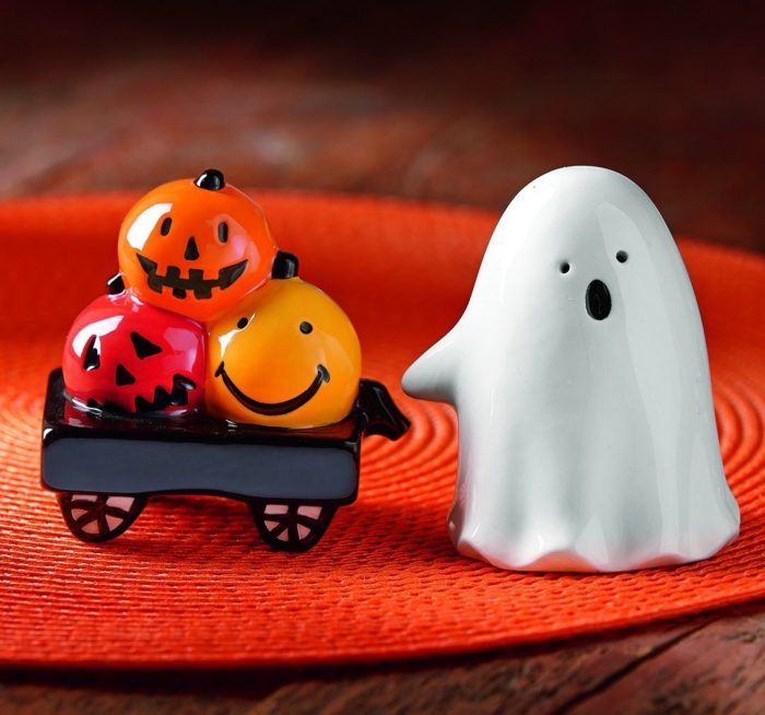 Halloween Salt & Pepper Shaker Set