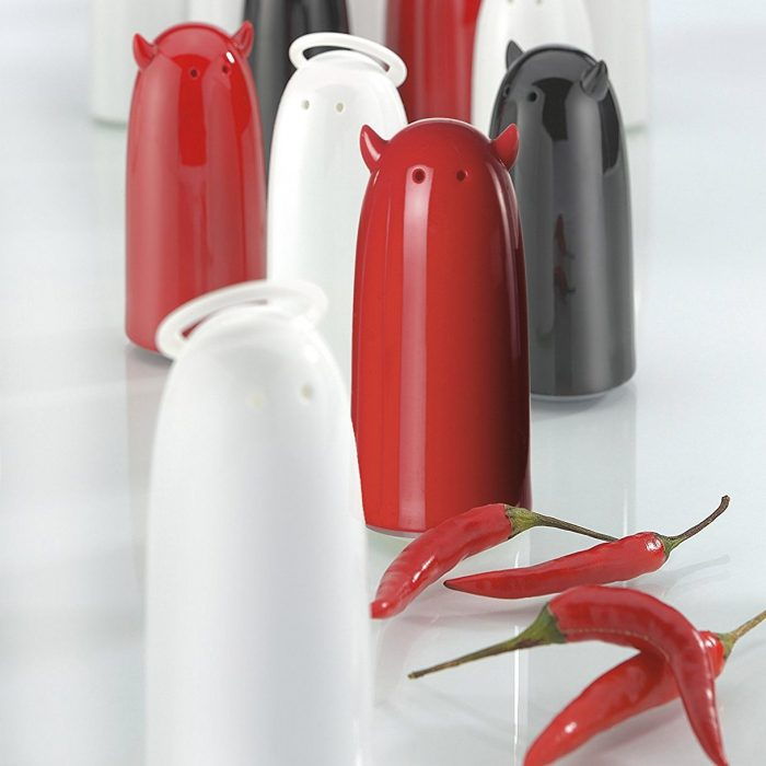 Heavenly White and Devilish Red Shakers