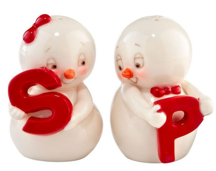 S and P Snowpinions Shakers