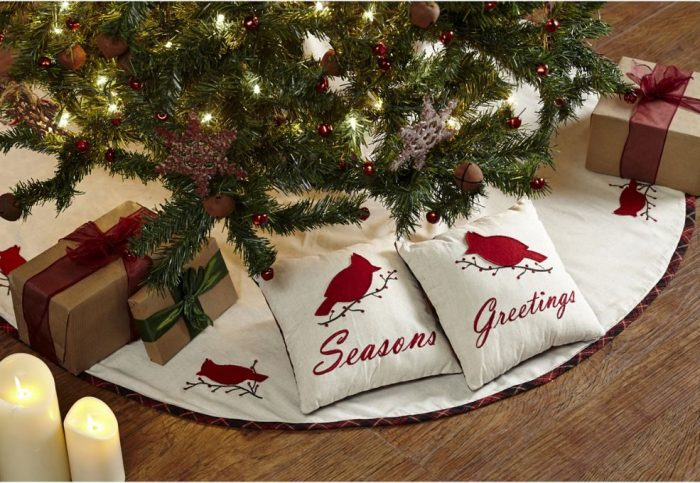 Season's Greetings Christmas Tree Skirt