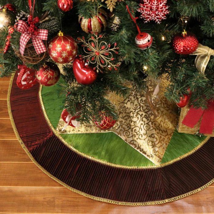 Star Pattern Christmas Tree Skirt