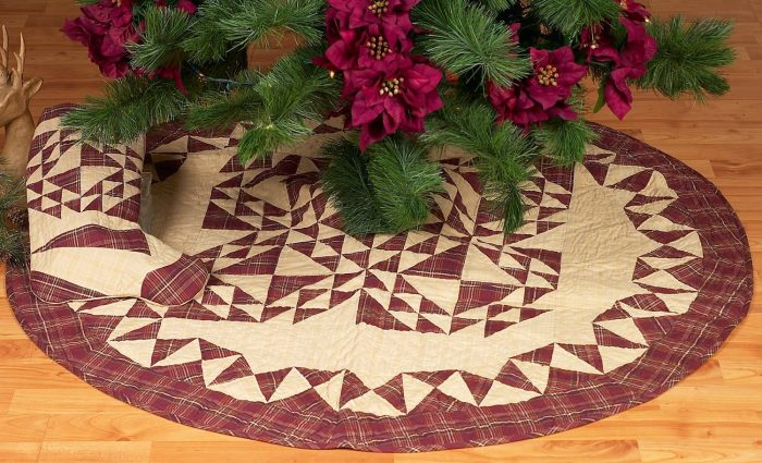 Triangle Patches Burgundy Christmas Tree Skirt