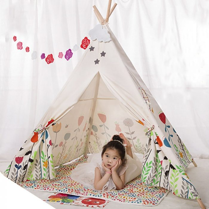 Flower and Plant Print Pattern Kids Tent