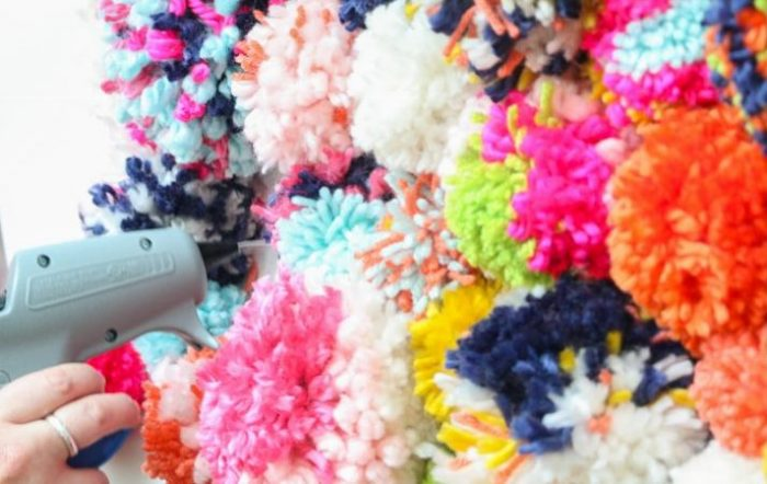 Steps to make pom pom pillow