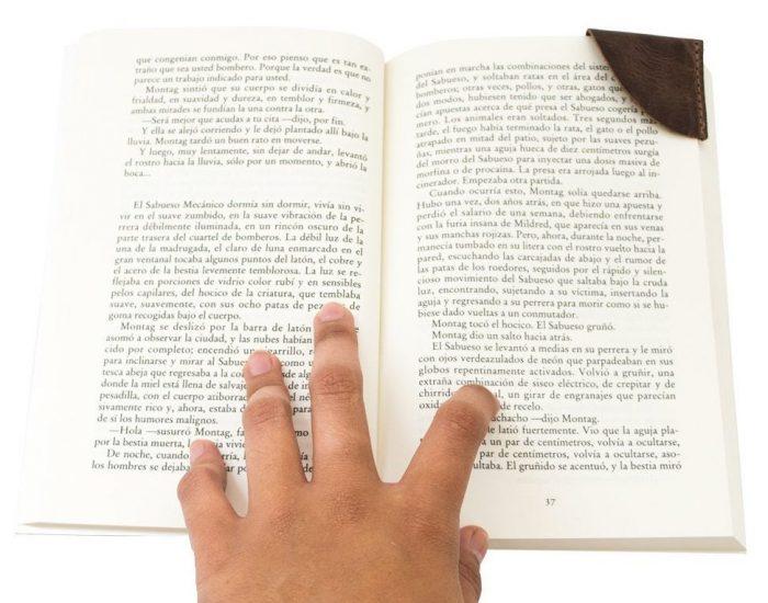 Vintage-style Corner Bookmark
