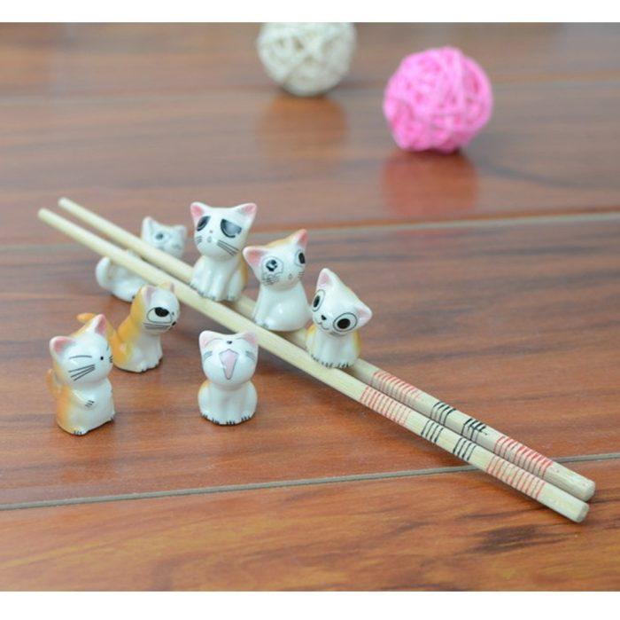 Cute Lucky Cat Chopsticks Rest