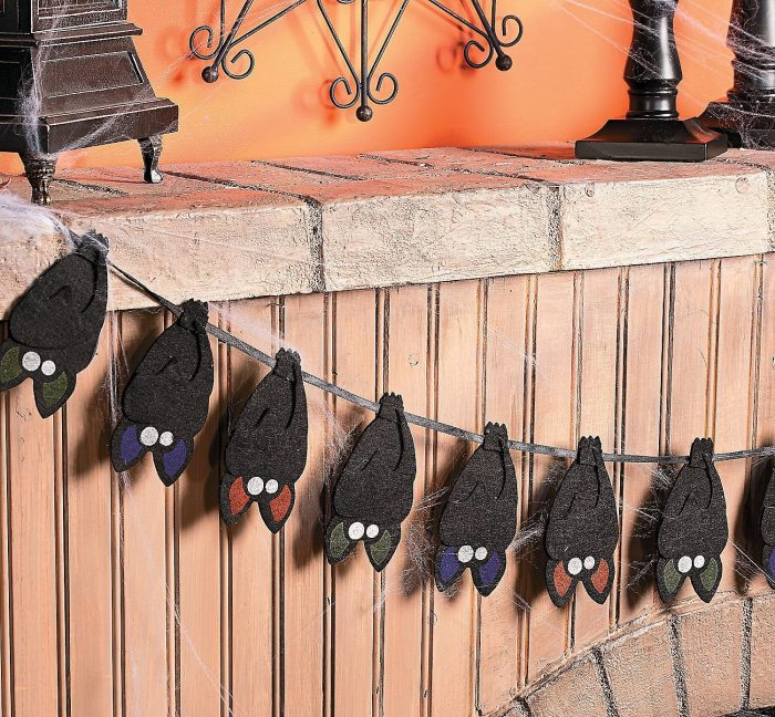Hanging Bats Garland Halloween Party Decor