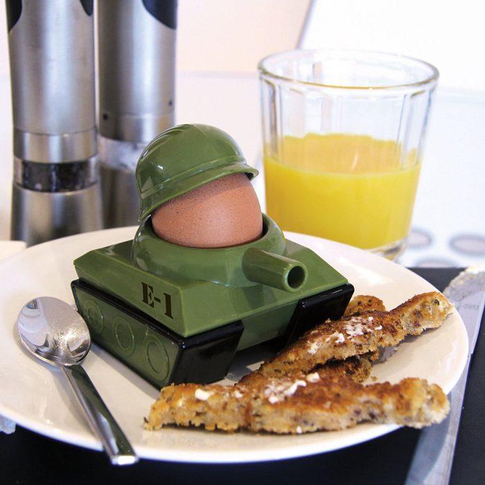 Wartime Scene Pattern Boiled Egg Holder
