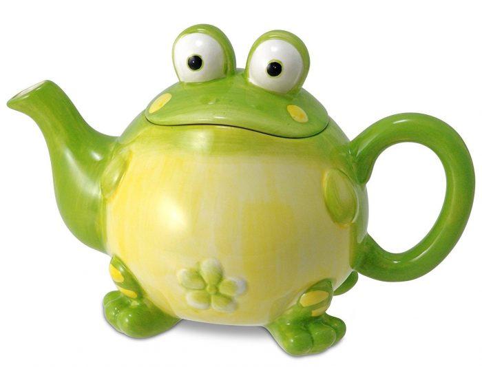 Adorable Frog Design Teapot