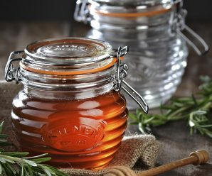 Attractive Honey Pots for Home