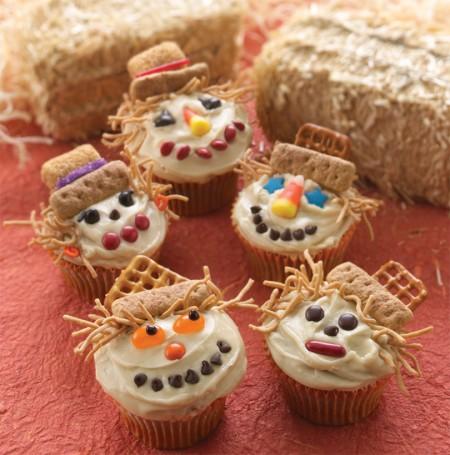 Smiling Scarecrow Cupcakes