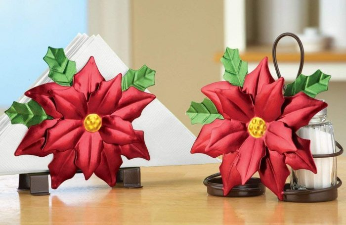 Beautiful Poinsettia Serveware Accessory Set