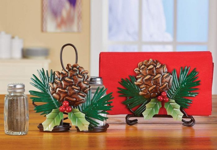 Durable Pinecones Serveware Accessory Set